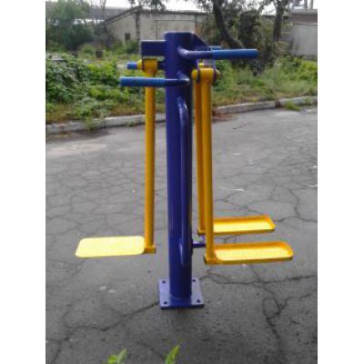 Уличный тренажер для Мышц бедра (двойной) RM-17